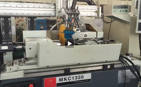 上海数控磨床机械手-外圆磨床视频