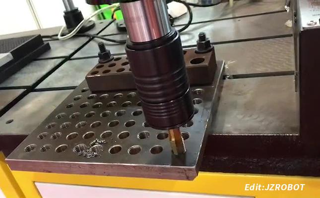攻牙钻孔自动化机器